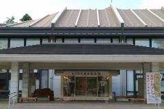 もりおか歴史文化館正面玄関