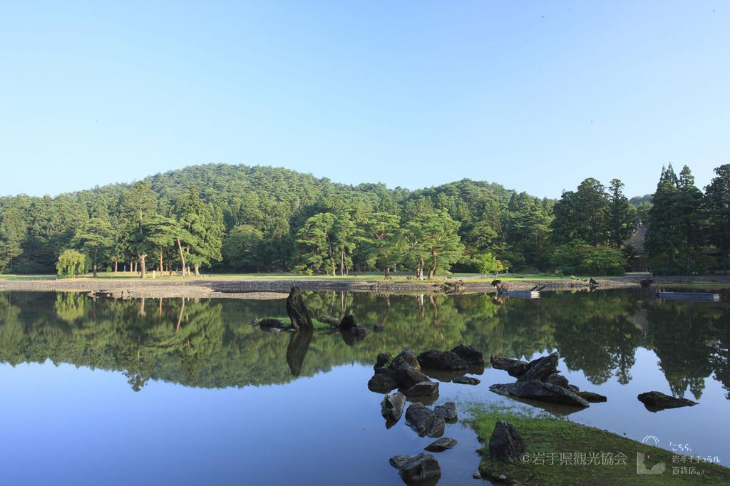 毛越寺 夏の朝